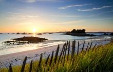 Roscoff - Perharidy - Vue sur l'Ile de Batz et L'ilôt Jacopin