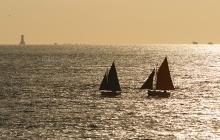 Vue sur le phare en mer des Triagoz
